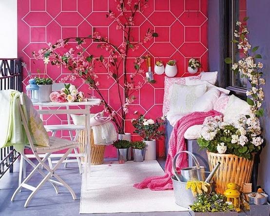 bahar için balkon dekorasyonu