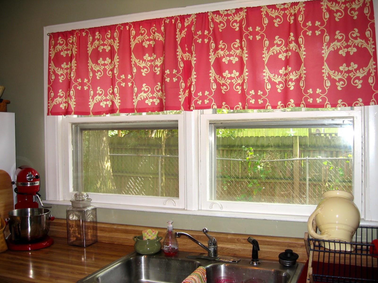mutfak Kırmızı perde modelleri