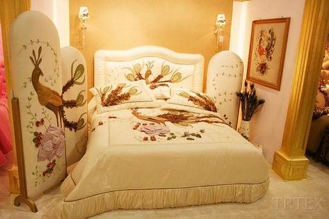 taç yatak örtüleri
